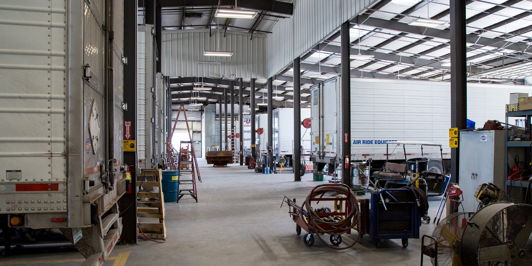 Fully equiped trailer repair and maintenance bays